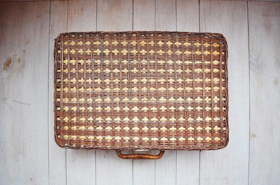 Vintage Two Tone Brown Woven Wicker Picnic Basket