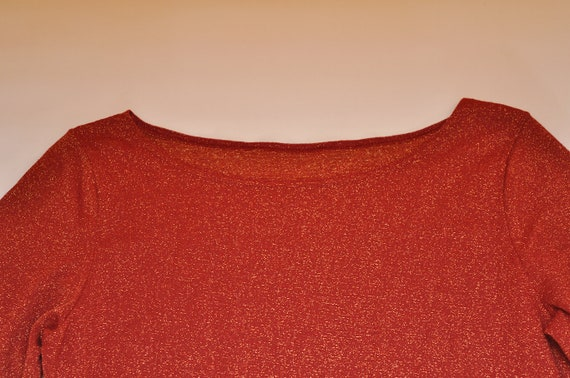 a9ea6fad79883 Vintage Metallic Red Sparkly Mid Sleeve Stretchy Top