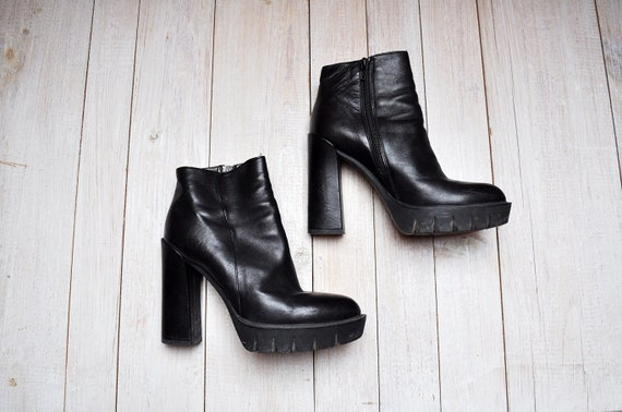 Vintage Black Leather Ankle Boots Chunky Heel Plat