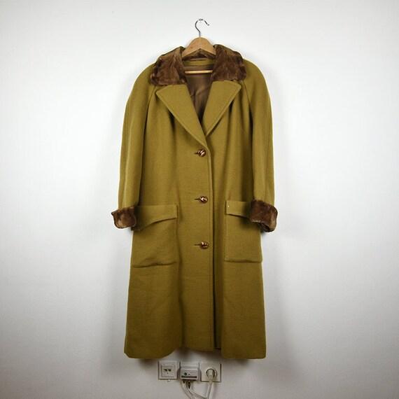 Vintage Camel Brown Wool Coat with Real Fur Trim