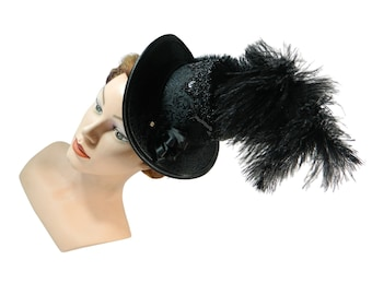 Midi tophat, manorial riding hat, lordly ladieshat, derby hat with feathers, goth style headpiece, dark fascinator, lolita hatinator