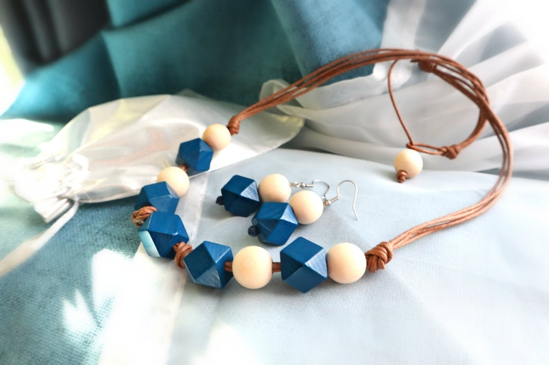 Eco-friendly wooden Jewelry set/ Necklace and earrings set/ image 0