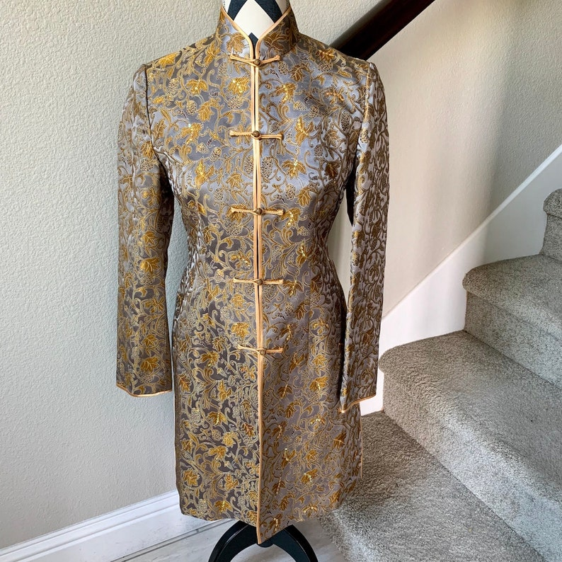 Vintage 1990s Asian Yellow Silver Gray Floral Psychedelic Trippy Qi Pao Style Jacket Sz S
