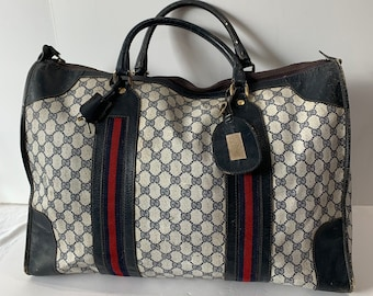 6b12fb04c29b GUCCI Navy Blue Duffel Bag Overnight Handbag Red and Blue Stripes Made in  Italy With a Working key