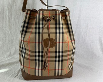 BURBERRYS Authentic Vintage Nova Check Canvas Leather Bucket Drawstring  Shoulder Bag Made in England f5630a157b145