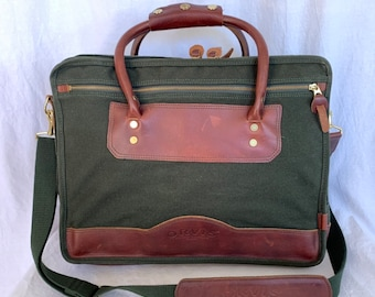 3a44dcf4b1a9e ORVIS Great Vintage Green Canvas and Brown Leather Briefcase Messenger Bag