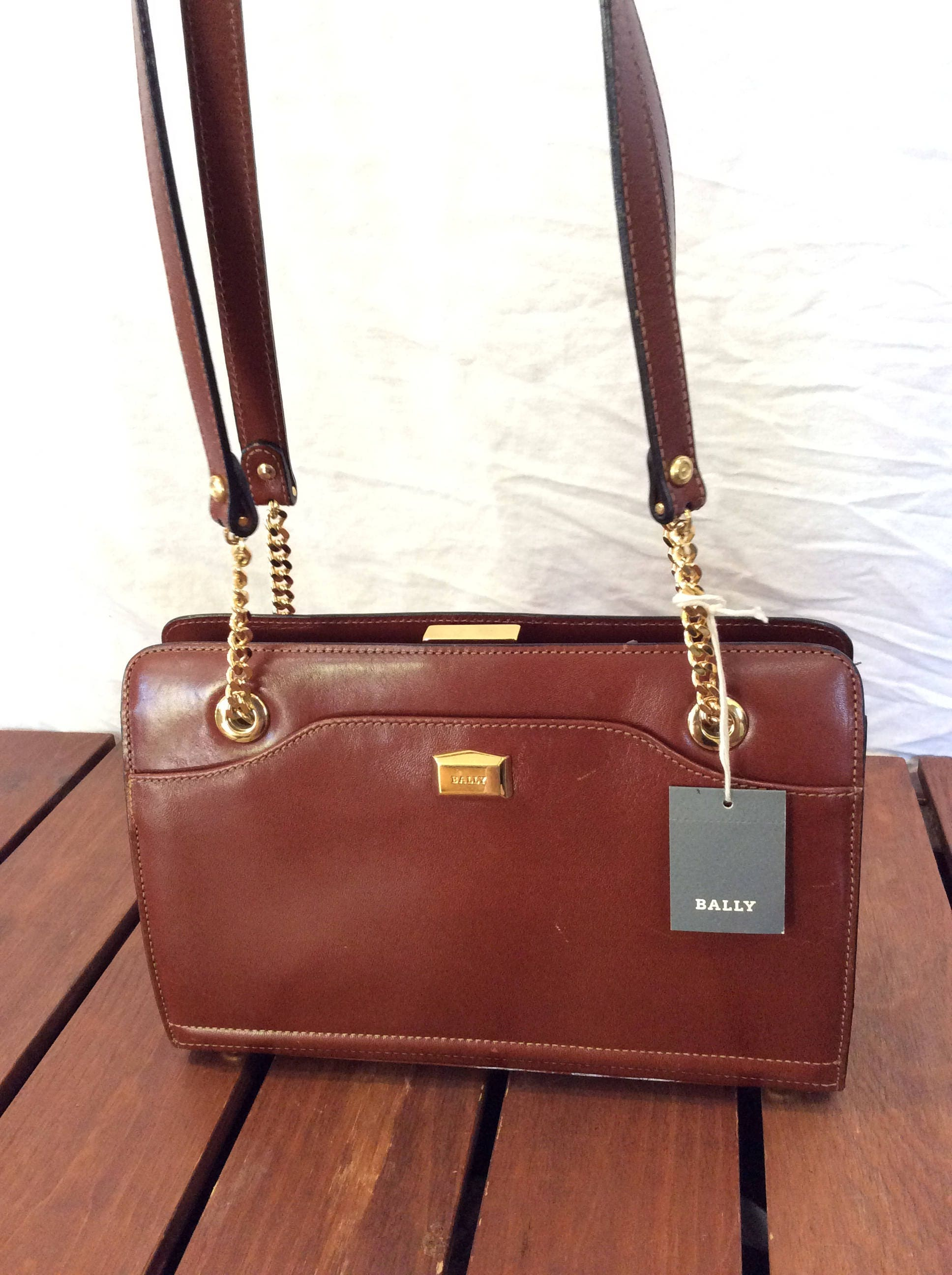 BALLY Vintage Genuine Brown Leather Shoulder Bag Made in Italy cc3ab4e525aa3