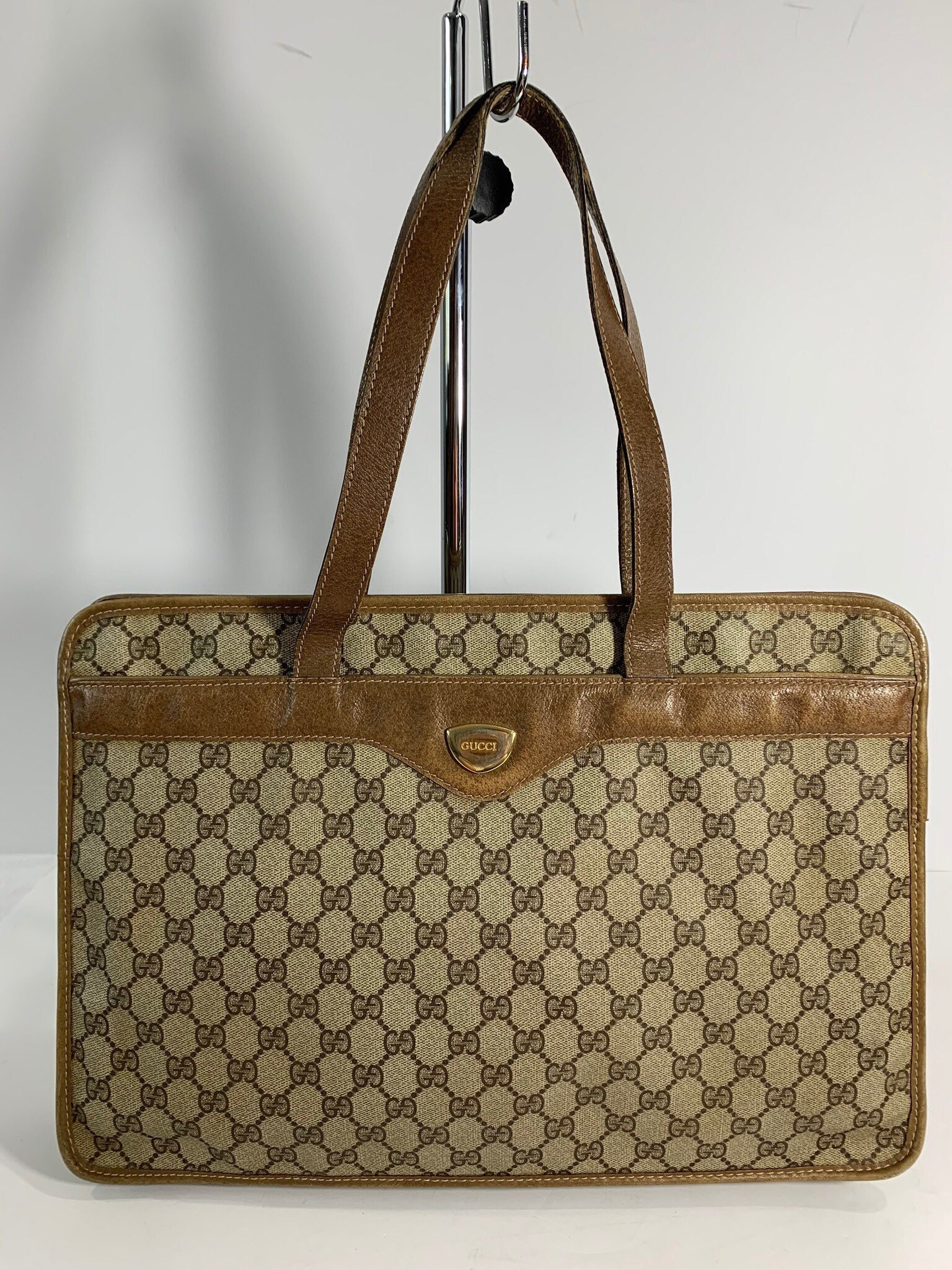 e2b89275376e5 GUCCI Rare Authentic Brown Canvas Leather Trim Business Shopper Shoulder Tote  Bag Made in Italy