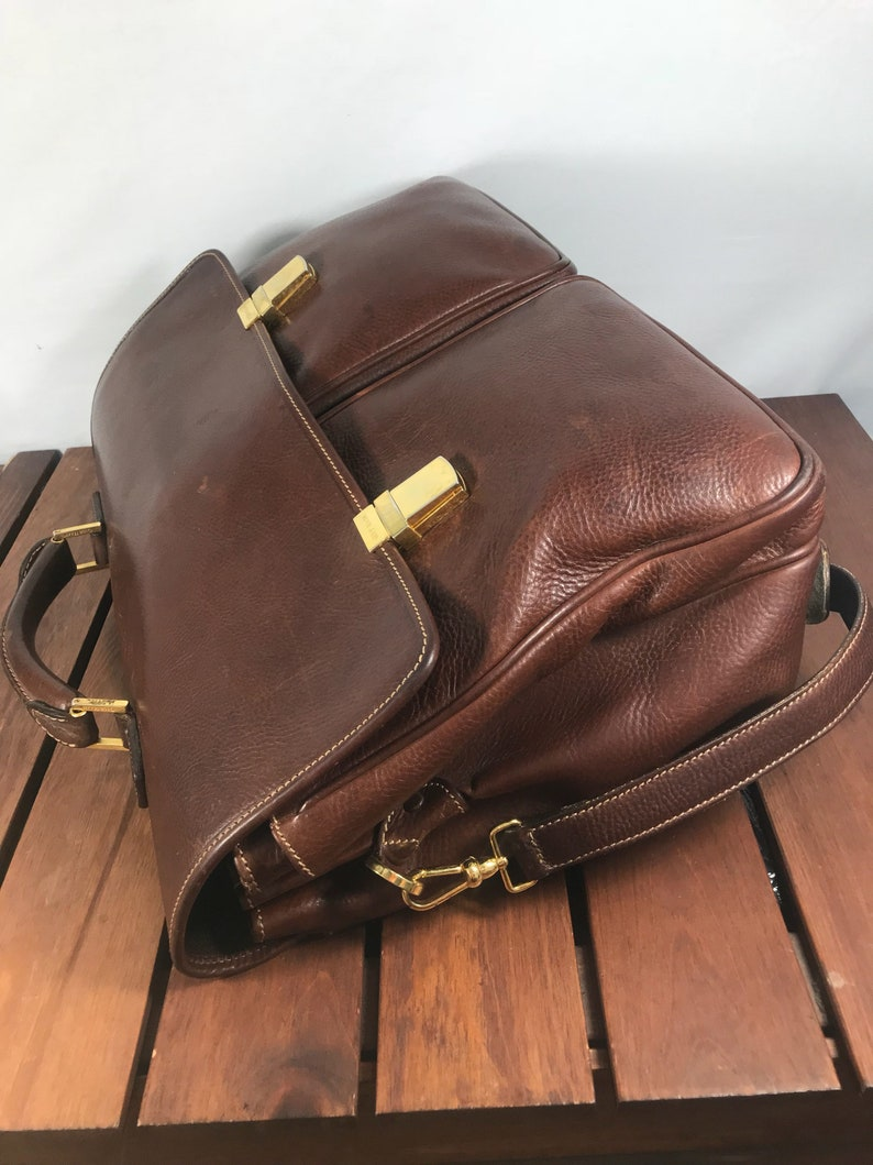 COLE HAAN Great Vintage Authentic Brown Leather Messenger Bag Briefcase Made in Italy