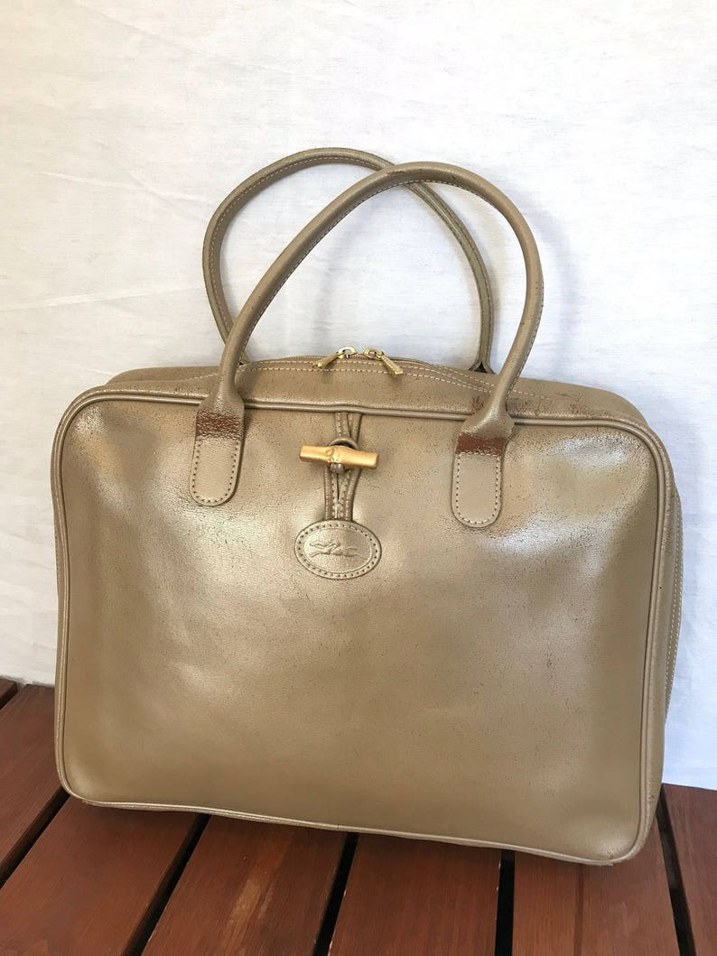6b1021114c9d LONGCHAMP PARIS Distressed Genuine Vintage Gold Champagne
