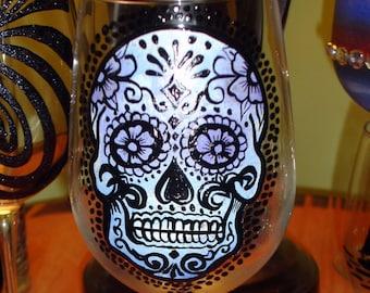 Sugar skull wine glass (hand painted)