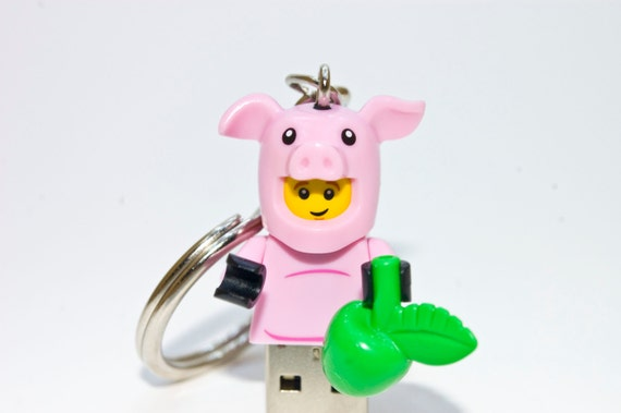 128GB Pig Suit Guy USB Flash Drive with Key Chain