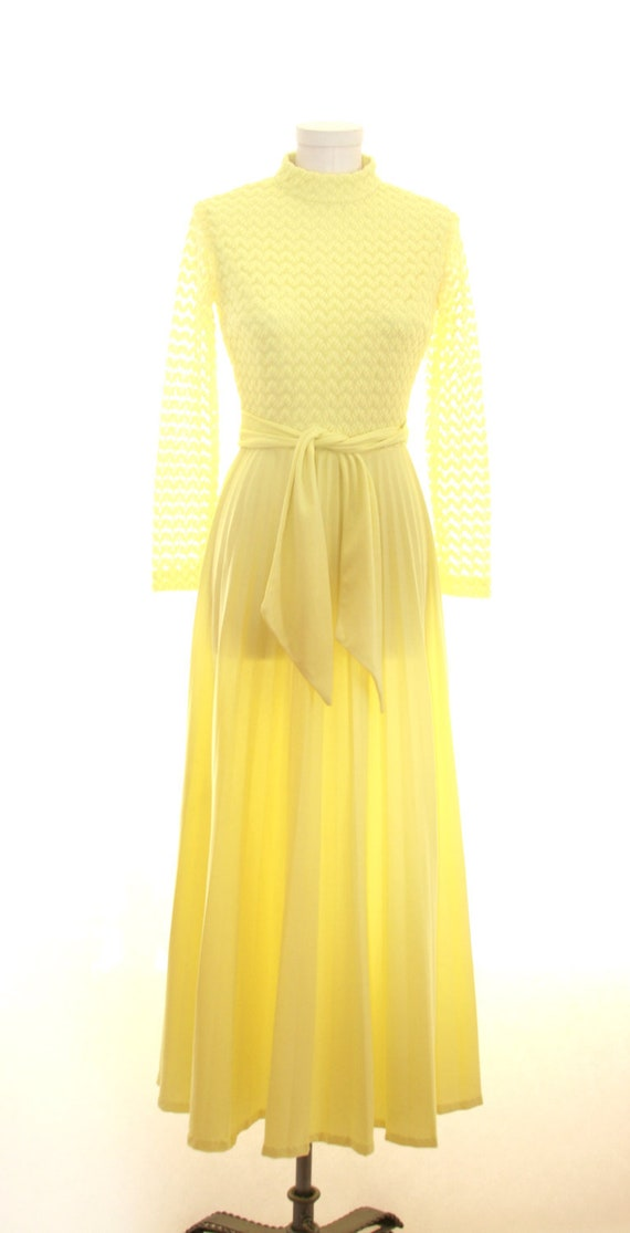 Hostess Vintage Yellow Accordion Dress Size Small