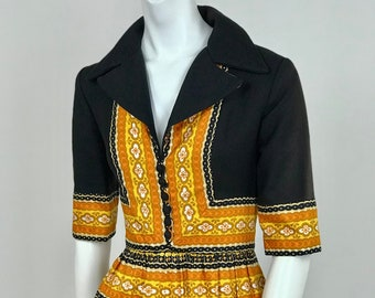 1a25b740d3 Designer Vintage 1970's Oscar De la Renta Boutique Paisley Border Print  Palazzo Pant Jumpsuit - Ladies Size Small