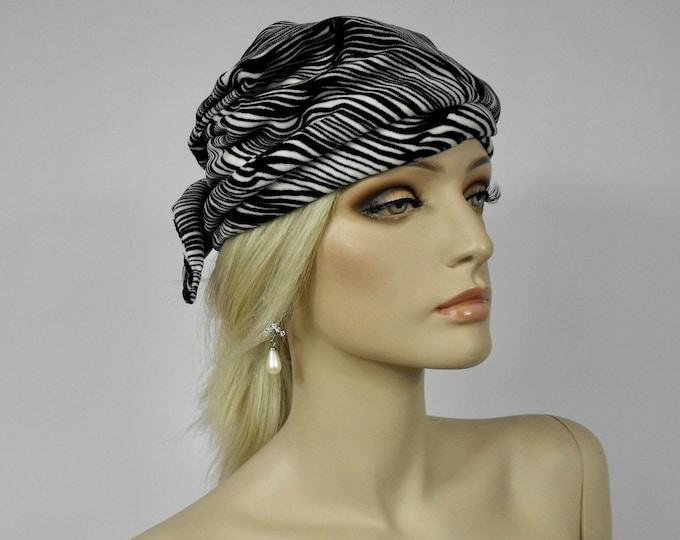 Vintage 1970's Black and White Turban Style Hat - 70's Retro Boho Glamour - Folded Knit Velvet Wrapped Turban with Tie at Back - Small/Med