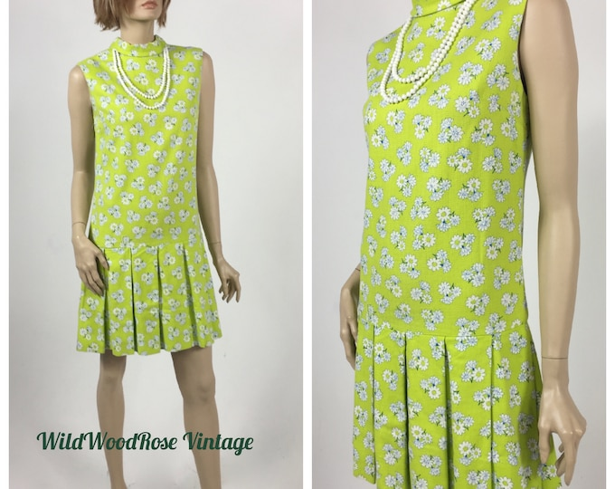 Vintage 1960's Acid Green and White Floral Mini Dress - Shift Style - Pleated Skirt - Mod Dress - Daisy Printed Textured Cotton - Size 4/6