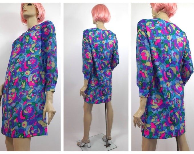 1960's Mod Abstract Print Mini Dress // Vibrant Print Mini // Late 60's Summer Dress // Size 6 to 8