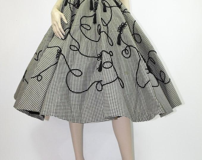 1950's Novelty Circle Skirt // Full Circle Skirt // Rockabilly Skirt // Black & Ivory Gingham Novelty Skirt with Tassels