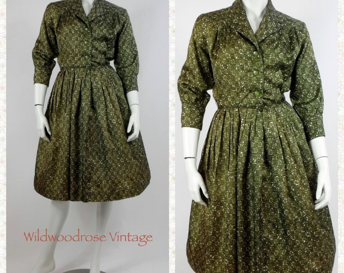 1950's Green Abstract Print Rayon Day Dress - Union Made 50's Dress - Vintage Rockabilly Dress - Vintage New Look Rayon Dress - Size 8 to 10