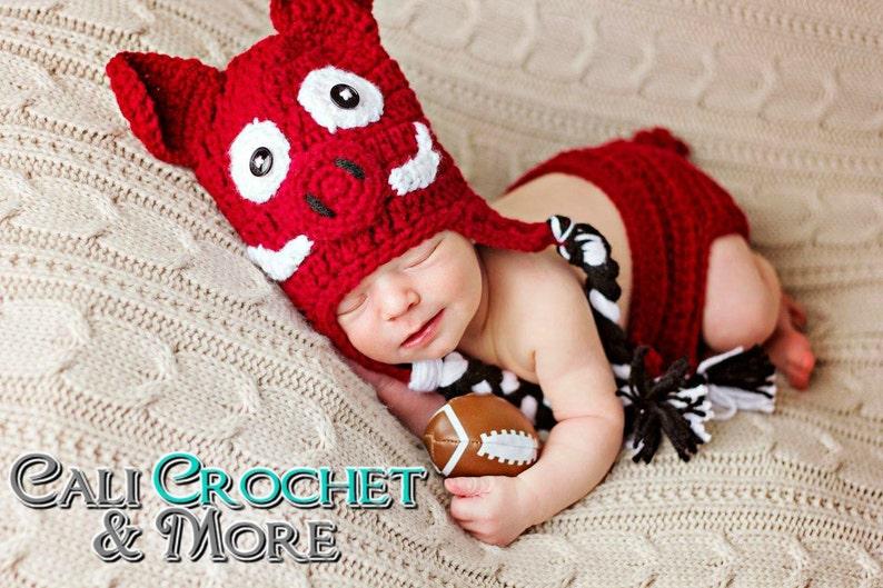 Newborn Arkansas Razorbacks Hat & Diaper Cover Set image 0