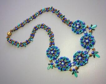 Tutorial - Crescent Mandalas Necklace - Crescent, Fire polish and O Czech beads beading tutorial