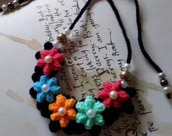 Crochet Necklace,Crochet Neck Accessory 100/% Cotton. Flower Girl Necklace White