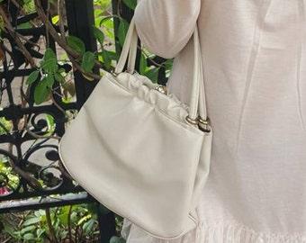 Ande Purse, Vintage Bag, Vintage Handbags, Handbags For Women, Ivory Bags, Vintage Purse, Purses, Handbags, Vintage Bag