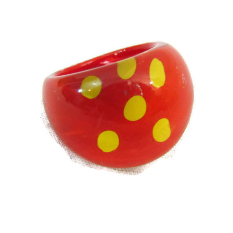 Bubble Ring Vintage Ring Resin Rings Lucite Jewelry 1970s Jewelry Antique Ring Jewelry For Girls Womens Rings Gifts For Teen Girls