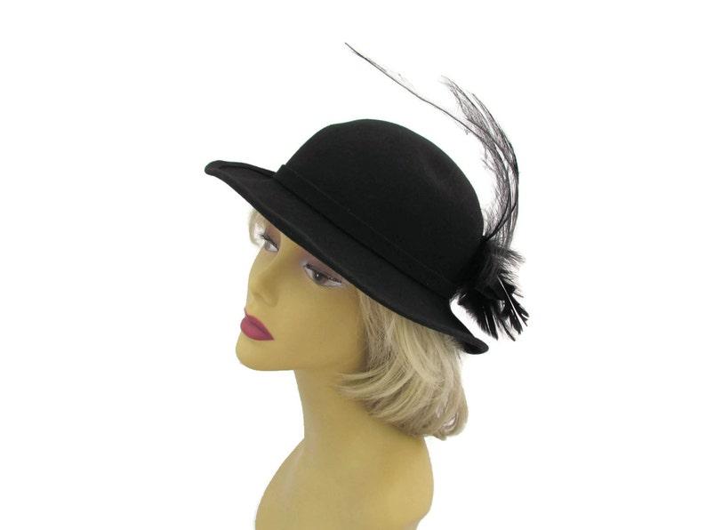 4d9a2ed221f Black Wide Brim Hat With Feather Fascinator Vintage Felt Hat