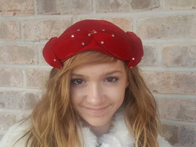Red Pillbox Fascinator Women s Vintage hats Red Hats  e483dcbb95b