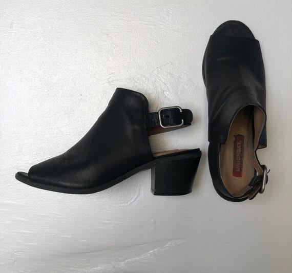 Vintage 90s black Unionbay chunky clog mules 7.5 - image 1