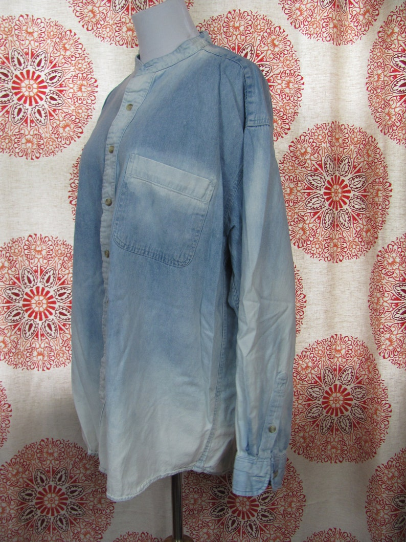 0061ea52f32 Vintage 90s Baggy Oversized DENIM Long Sleeve Button Down