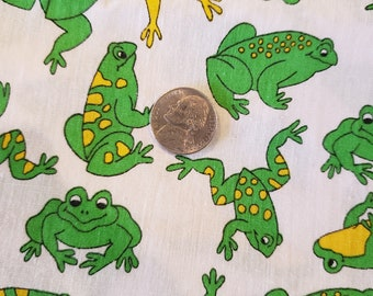 9) Frogs gone wild quilting fat quarters