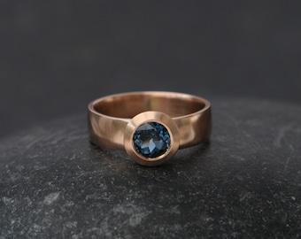 8d02c405f4e Bague topaze bleue Londres en 18K Rose Gold - bleu pierres précieuses bague  de fiançailles - Solitaire topaze bleue bague - or Rose bague de fiançailles