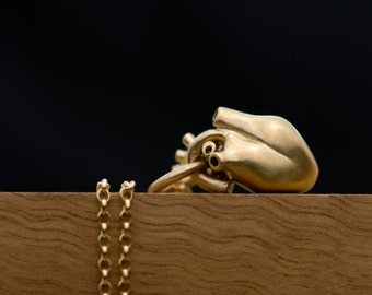 Anatomical Heart Gold Necklace in 9K Gold with Chain