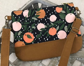 Citrus Grove Black Small Crossbody Hip Bag with Adjustable Strap, Doubles as Belt Bag or Fanny Pack