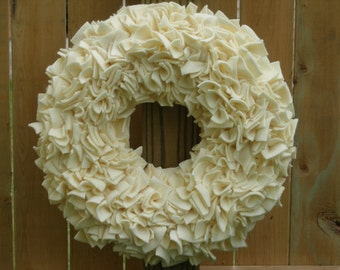 Ivory Wreath - Wedding Decor - Fleece Wreath - Door Wreath - Indoor Wreath - Wedding Wreath - Bridal Wreath - Rag Wreath - Off White Wreath