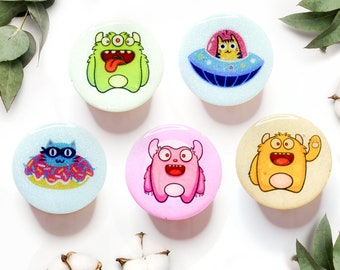 Monster and Alien PopSocket or Badge Reel (5 Styles) UFO Furry Animals Cat Phone Grip Gift