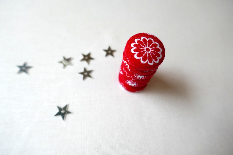 Set of 6 Fabric Button Magnet Great for Kitchen or Office Fridge Magnets Red and White Daisy Fabric Fridge Magnets