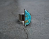Vintage Native American Abstract Turquoise Ring: Size 8