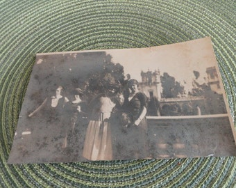 B590)  Antique Gelatin Silver Photo