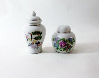 Bud Vase Vintage Chinese Porcelain Asian China Painted Floral Hand Oriental White Small Flower Flowers Vases Vtg Set