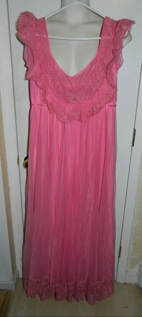 Vintage Pink Lace Claire Sandra by Lucie Ann Pink… - image 1