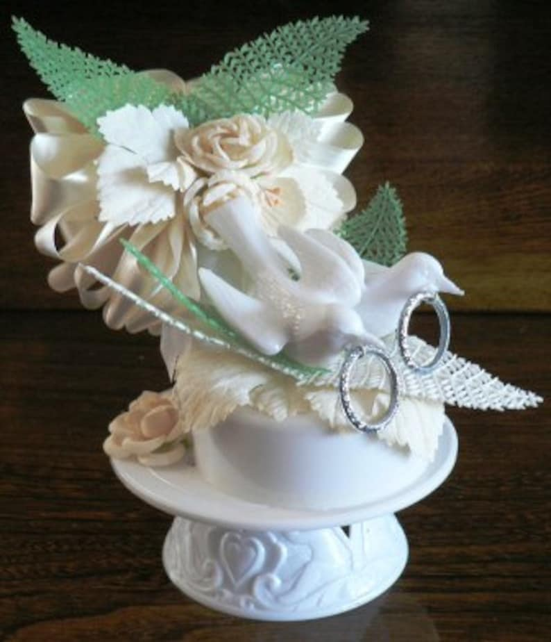 vintage wedding  ... DOVES WEDDING Cake Topper in original box image 0