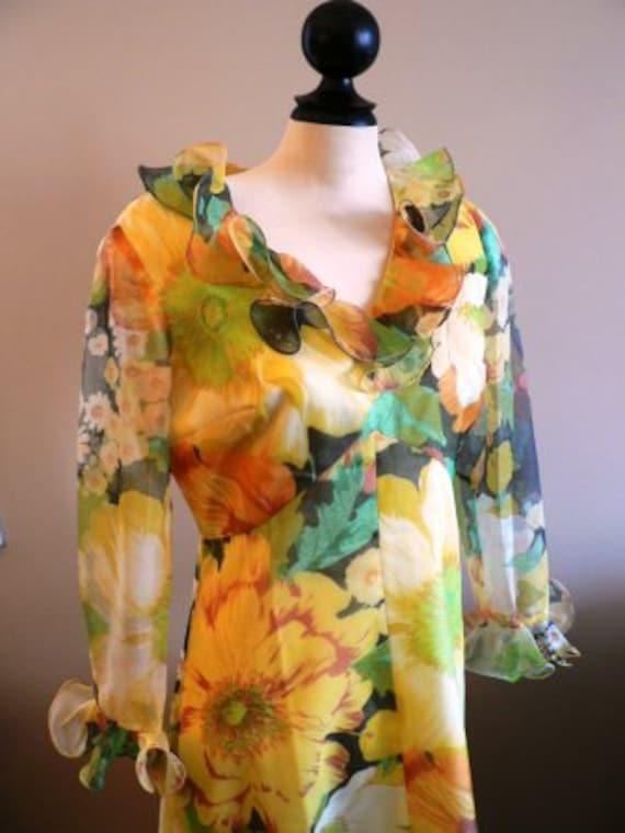 vintage dress ... MAXI 70s FLORAL formal sweet vin