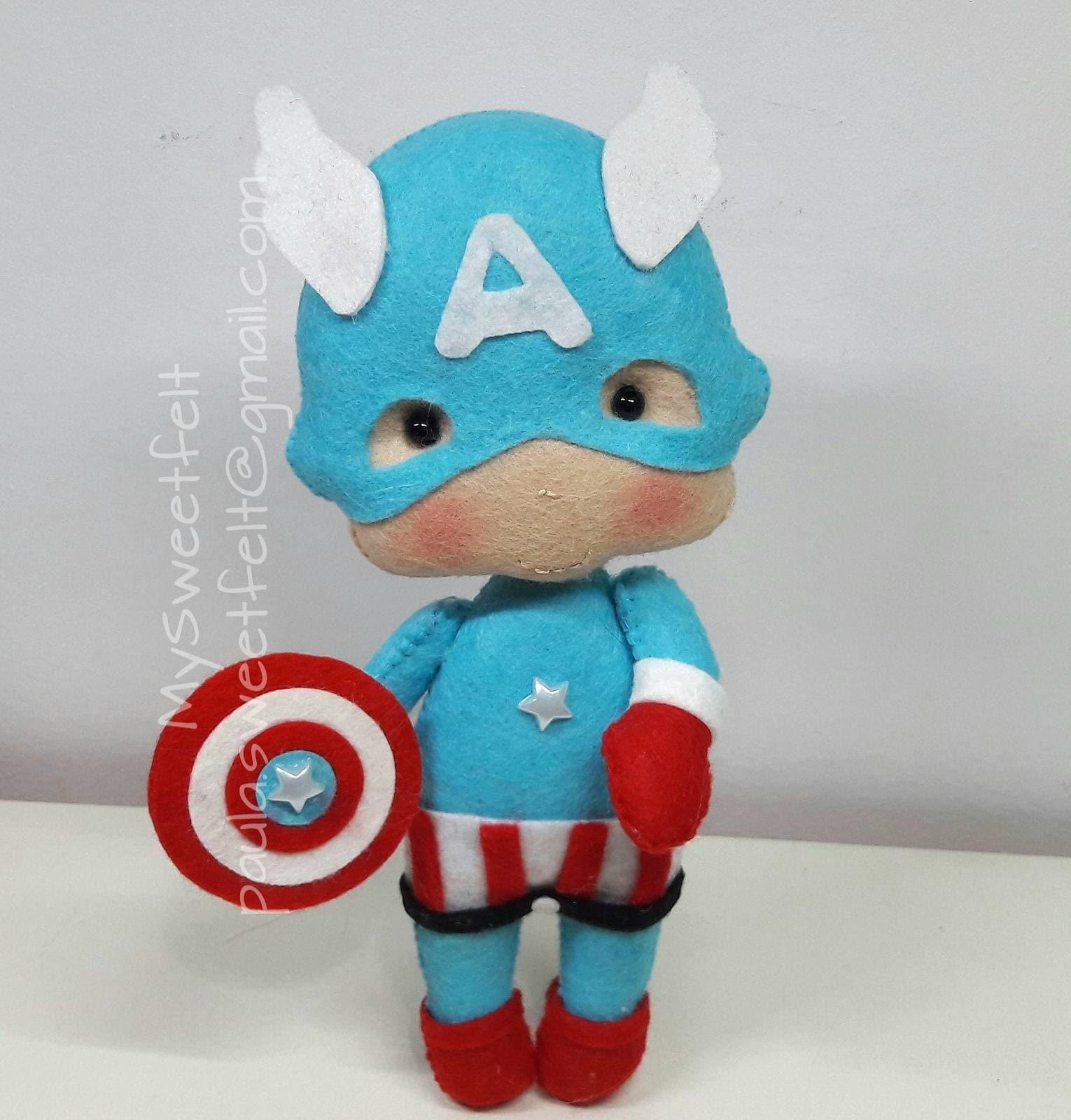 Captain America baby / feltdoll / nursery decor/ felt super hero / babyroom  / deco chambre bebé / decorative figures