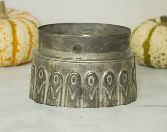 Antique Tin Pudding Mold- Jello Mold- Corn Motif- Shabby Chic