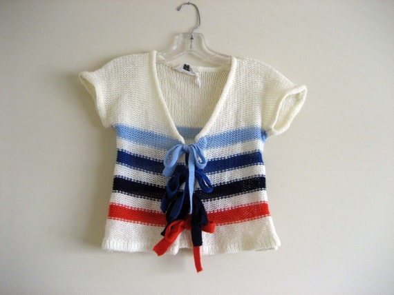 SALE // Adorable short cardigan sweater - small