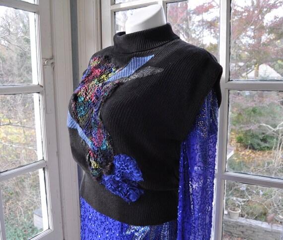 Embellished Black Knit Turtleneck Sweater Vest/Vin