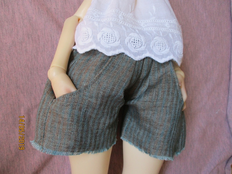 Bomi, Wawa, ... Linen shorts for Dust of Dolls Doom